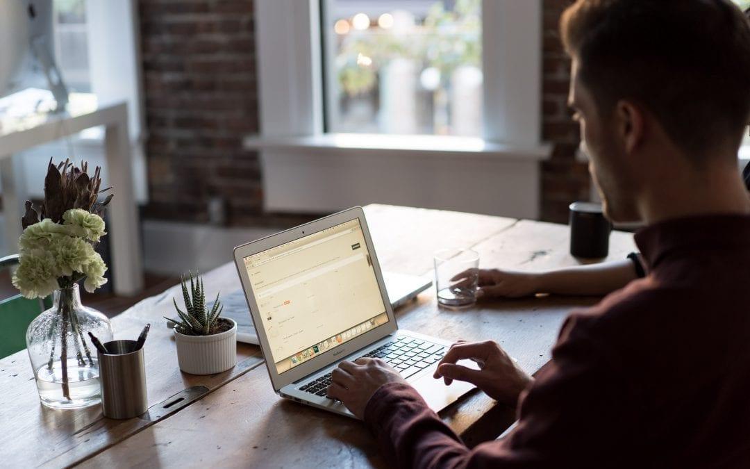 Home Office: Das sind die wichtigsten Vor- und Nachteile